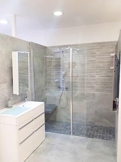 realisation-salle-de-bain-acces-seniors-3