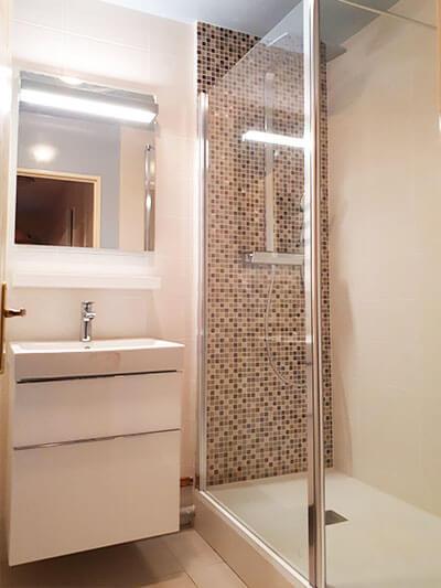 realisation-salle-de-bain-acces-seniors-4